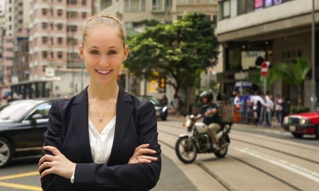 Interview ofAshley Galina Dudraenok – founder of ChoZan